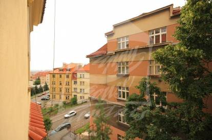 Thumb: 2 bedrooms, Prague 5, Smíchov, street: U Nikolajky 1